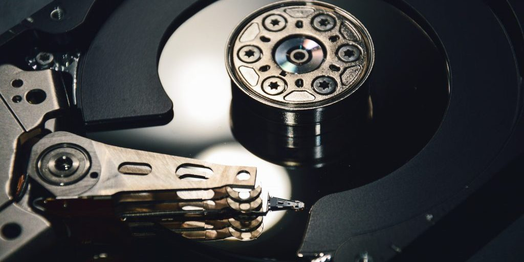 harddrive-2619020_1920